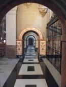 Walkway in Iglesia de Betlem