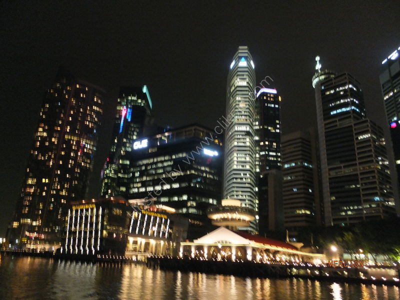 Skyscrapers & Fullerton Bay Hotel, Marina Bay