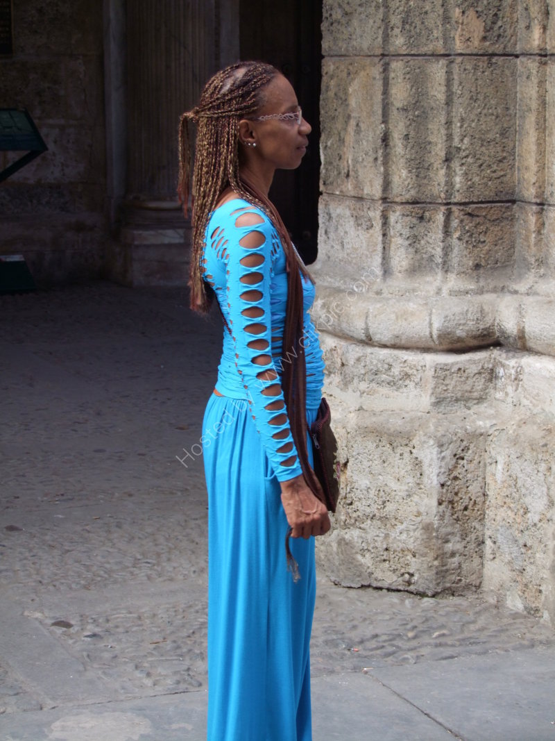 Cuban Woman, Plaza Armas, Havana