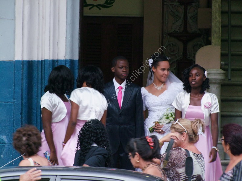 Cuban Bride & Groom, Prado, Havana