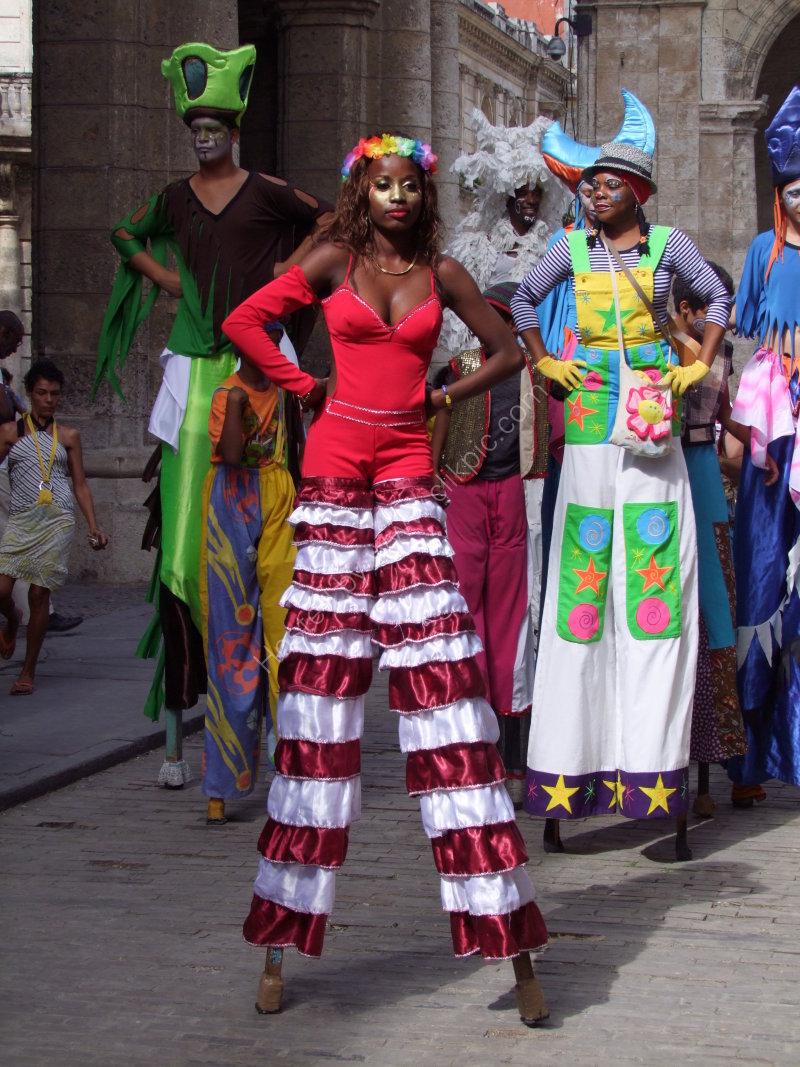 Cuban Street Performers