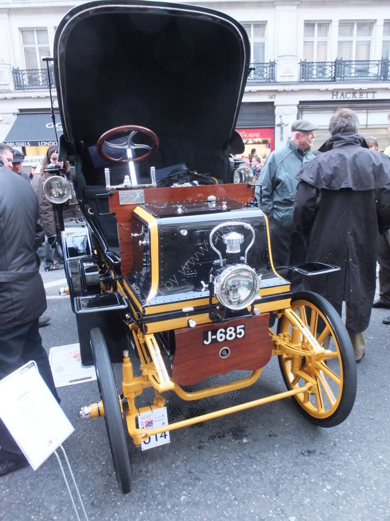 Daimler 1900's, London to Brighton Vintage Car Rally