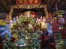 Alter & Offerings, Chua Mot Cot (One Pillar Pagoda)