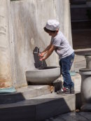Turkish Boy washing before Prayer at New Mosque 1663, Istanbul