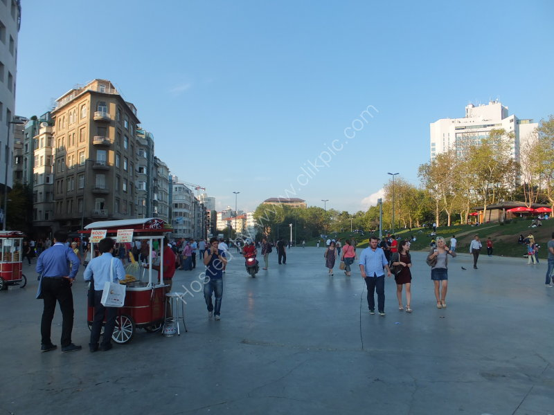 Expanded Taksim Square & Gardens, Taksim, Istanbil