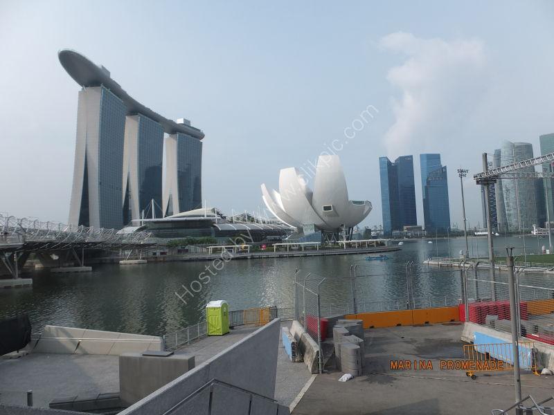 Marina Bay Sands Hotel & Art Science Museum, Marina Bay