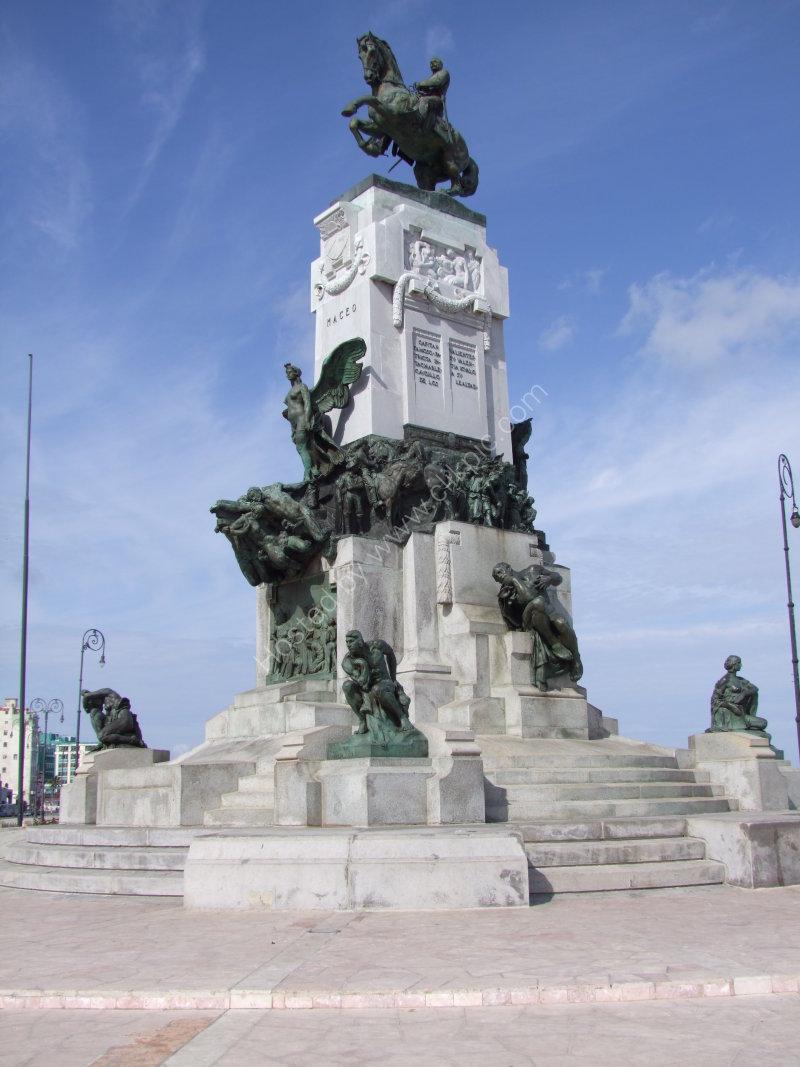 Plaza Maceo, Malecon, Havana