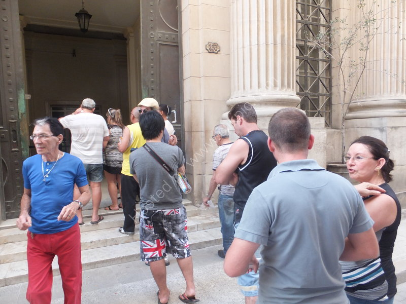 A life of queuing for Cubans, Obispo Street, Havana