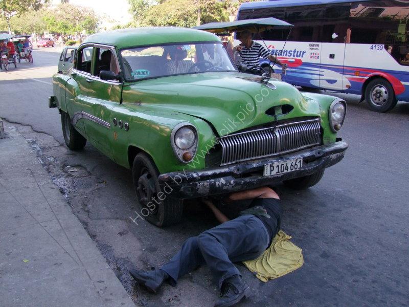 On the road repairs!, Havana