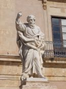 Statue infront of Cathedral, Piazza Duomo, Ortygia Island, Syracusa