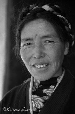 Tibetan woman Tibet