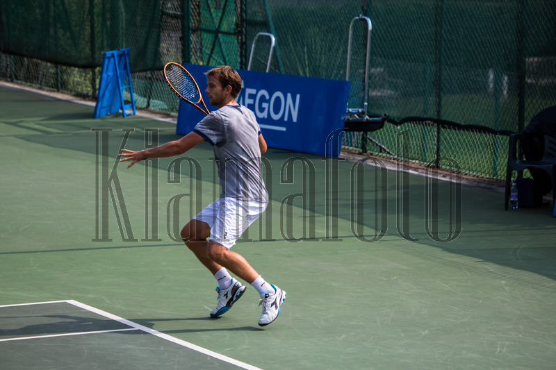 Images of Action Tennis