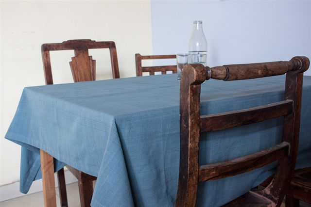 1115254-Hand Woven Cotton Tablecloth