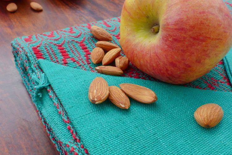 2518289 Hand Woven Cotton Placemat & Napkin Set