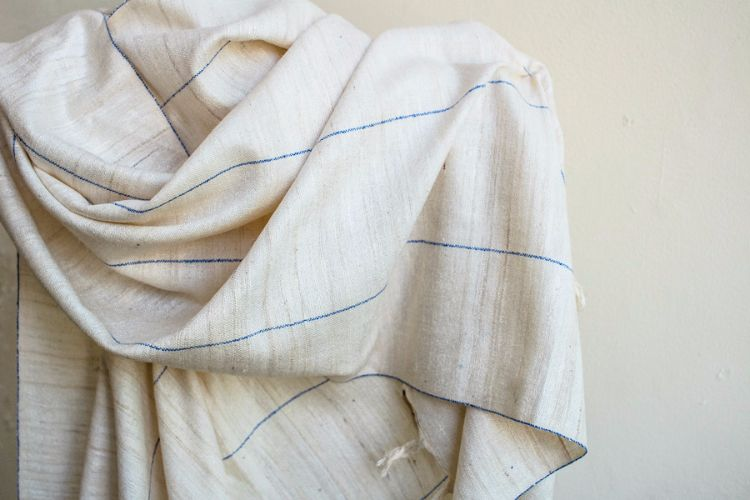 2822322-Eri Silk  Hand  Spun  &  Hand Woven
