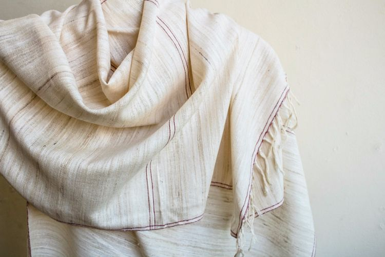2822330 -Eri Silk  Hand  Spun  &  Hand Woven