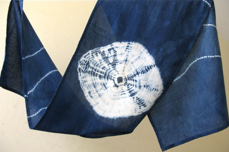 2822510-Indigo Cotton Scarf