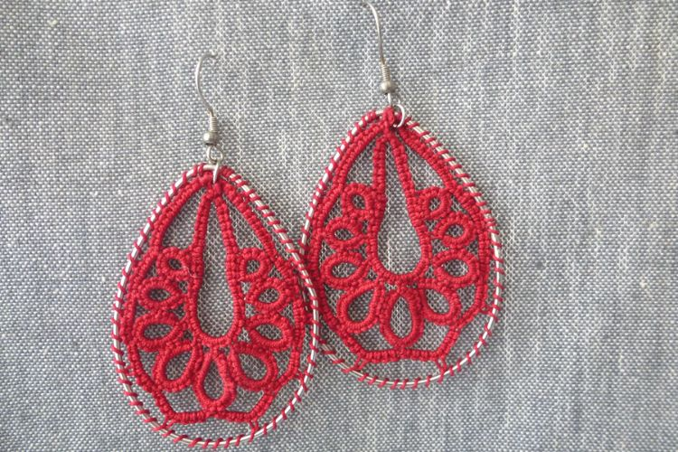 2025351 Tatting Earrings