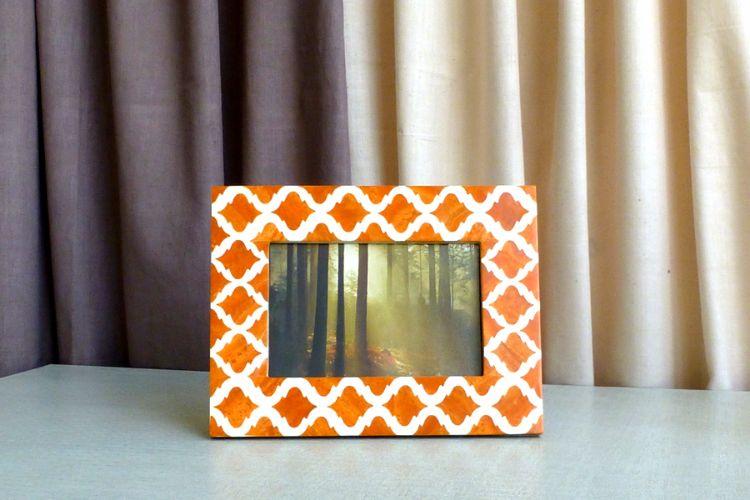 7613316- Orange Photo  frame