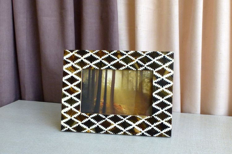 3 7613313-Brown  Photo  Frame