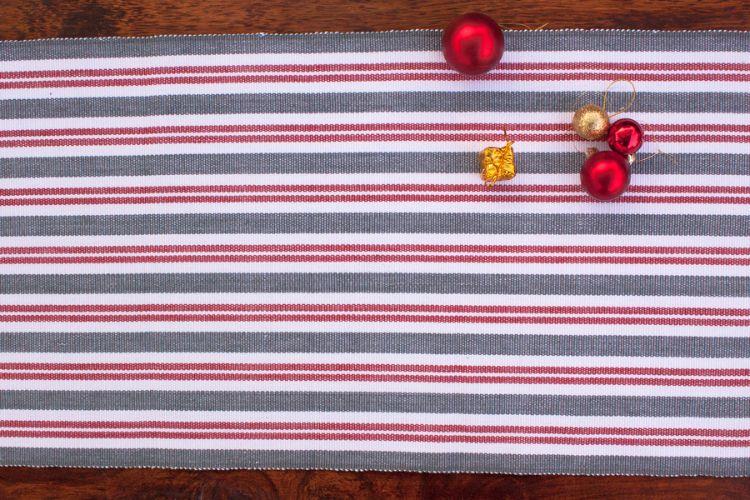6918270-Hand Woven Cotton Table Runner