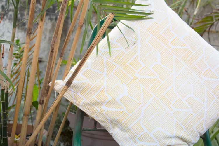 6921191-Organic Cotton Block Printed Cushion Cover