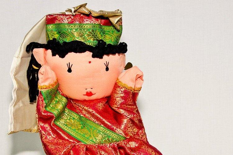 3517212e-Maharani puppet