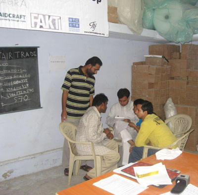 Mathew from MESH conducting a Fair Trade Plus Training in Agra