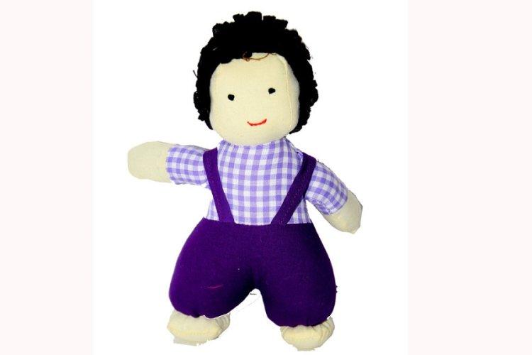 3517322-Doll