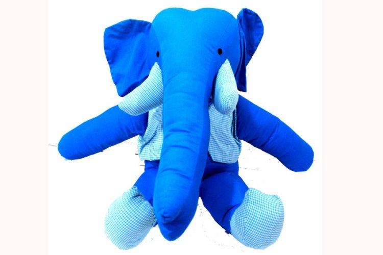 3517335- Elephant