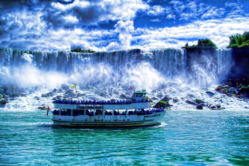 The Maid of the Mist, Niagara Falls, Canada