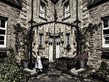 Alice's home