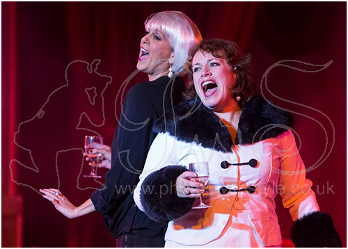 Charlie Hoddell as Vera Charles & Lisa Scott as Mame Dennis