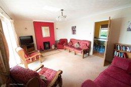 Kidwelly-Farm-Holiday-Cottages-(2)