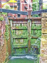 The lock gates at Tapton Lock, Chesterfield Canal, Derbyshire