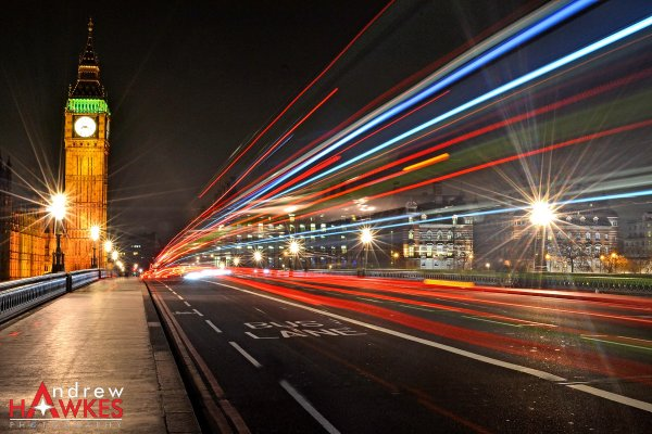 Light Streaks Into London