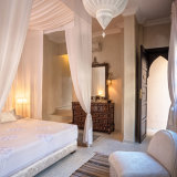 Riad Kheirredine bedroom