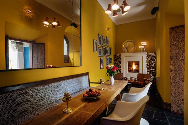 Riad Les Yeux Bleus dinning room