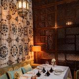 Royal Palm Table setting