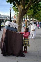 Southbank entertainers