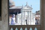 Marc Quinn's Alison Lapper outside San Giorgio Maggiore