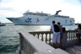 cruise ship passing