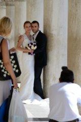 wedding pics at St Marks