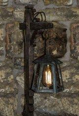 2nd Lamp : Joan Robinson
