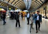 Central Station : Lynn Kerr