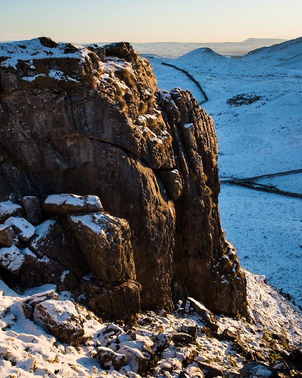 Crags, Warrendale Knotts
