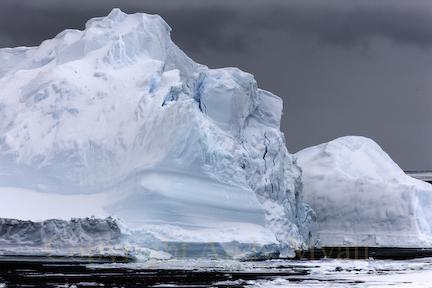 Fragmenting Iceberg