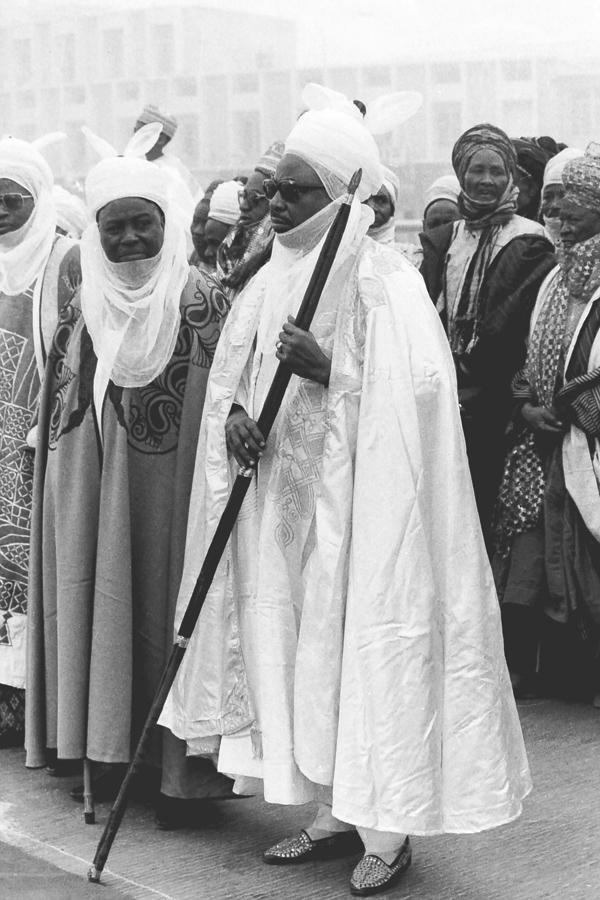Emir of Kano awaits British PM at Kano Airport
