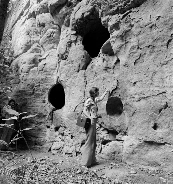 Caves Yankari, Rosemary Irving-Bell checks them out