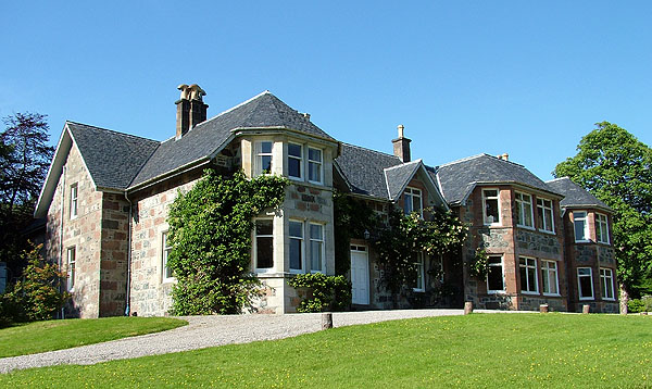 Glencanisp Lodge, Assynt Foundastion
